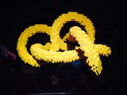 art of the brick knot